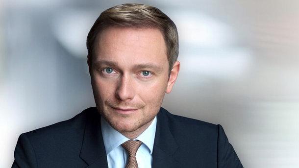 Лидер немецких либералов снова призвал «заморозить» спор обаннексии Крыма