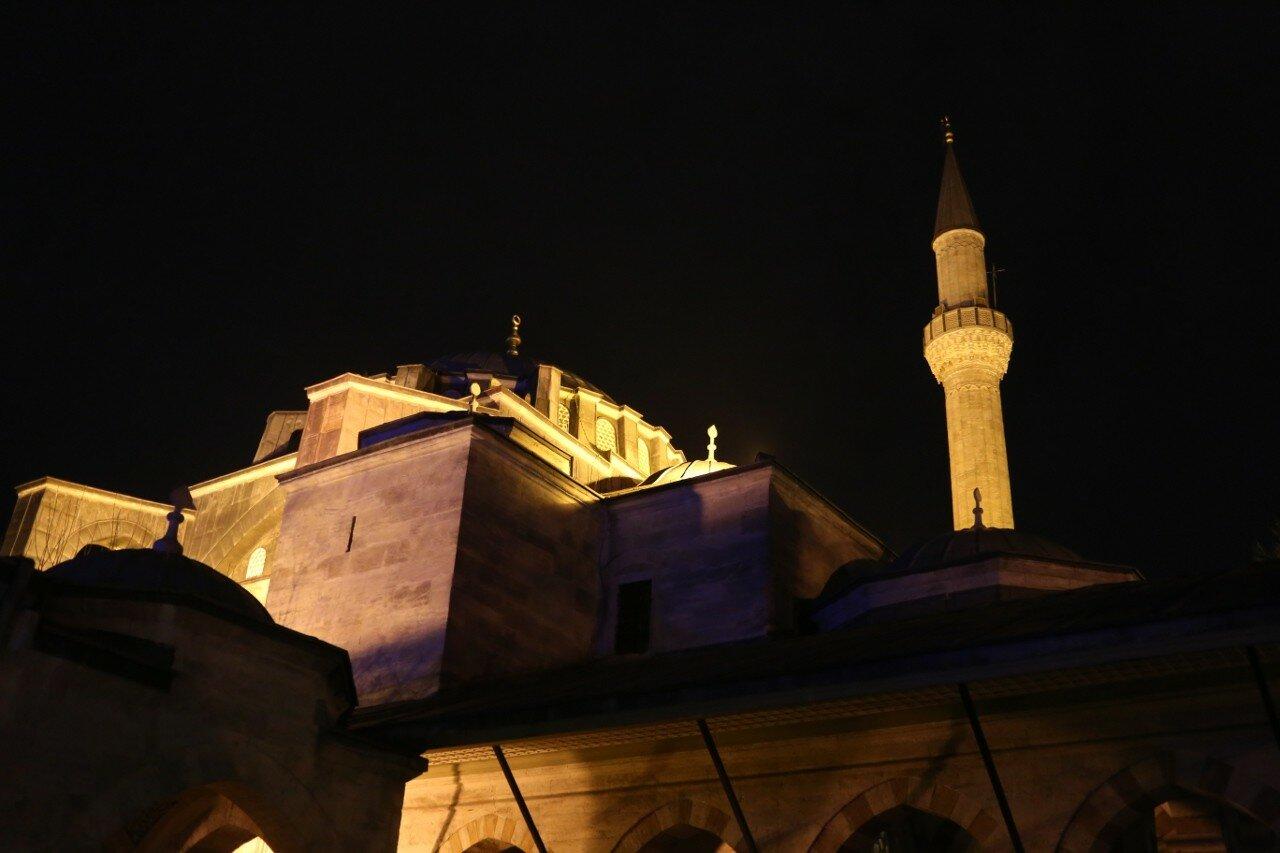 Ночной Стамбул. Мечеть Кылыч Али-паши