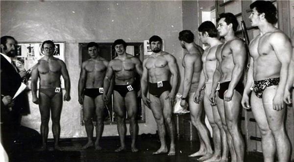 Чемпионат СССР по культуризму в 1971 году. В том же 1968 году в Тюмени состоялись всесибирские сорев