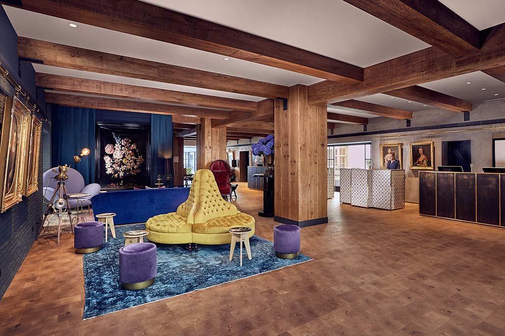 Отель Pulitzer — это 25 отдельных домов, построенных на берегу канала Принцев в XVII и XVIII веках.