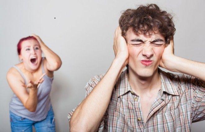 Мужчины предпочитают выбирать истеричек за их излишнюю эмоциональность, которая может привлечь к себ