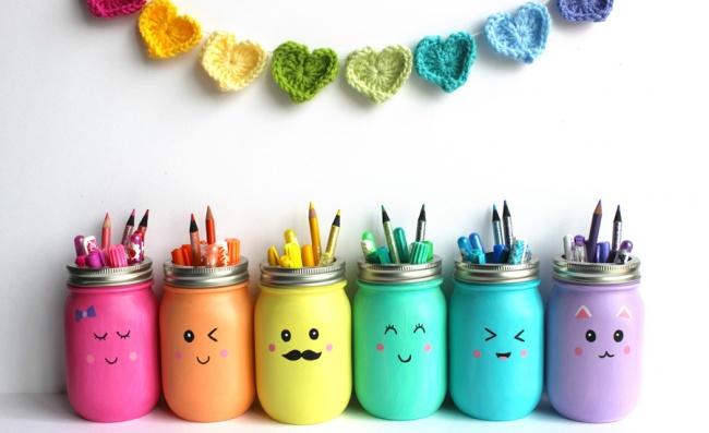 © blog.ooly  Простые банки для хранения— это скучно. Преобразите ихспомощью акриловых красо
