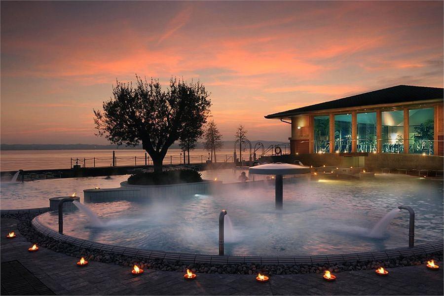 10. Горячие источники на озере Гарда, Италия Эти горячие источники настолько малоизвестны, что вам п