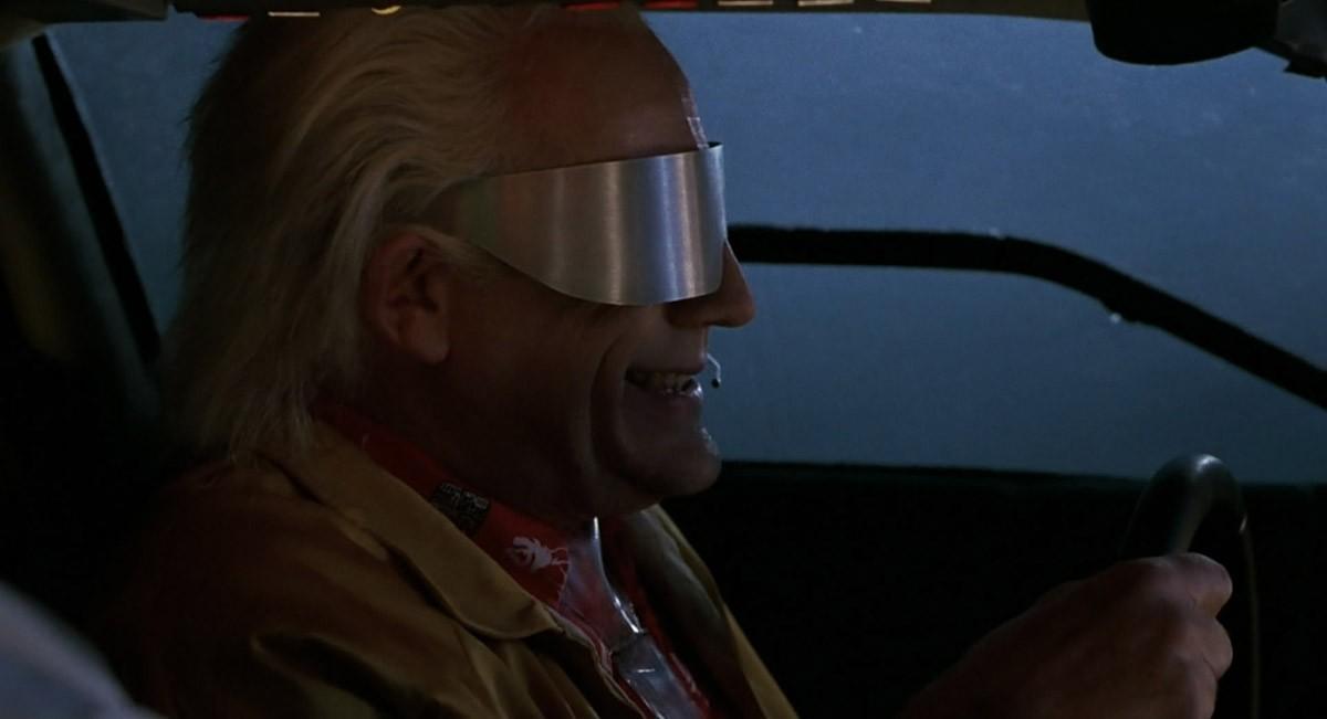 5. А вот серебристые очки Дока Брауна из той же второй части «Back to the Future», больше похожие на