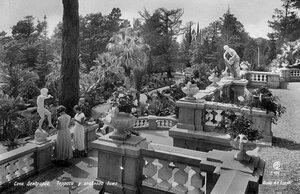 Сочи. Дендрарий, Терраса у главного дома. Фото И.Н. Панова.