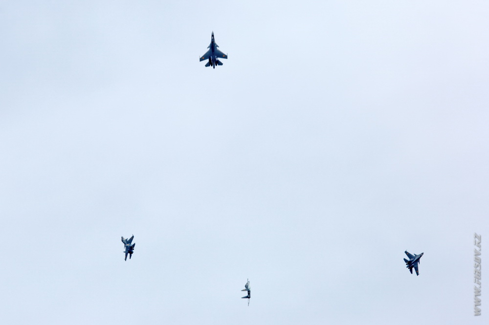 Su-30SM_group_9_TDK.JPG