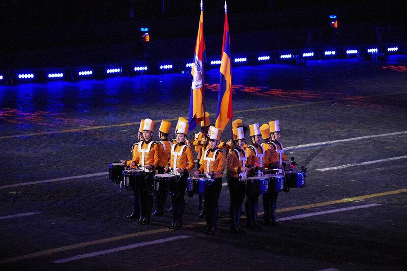 Группа барабанщиц «Ереванские барабаны»