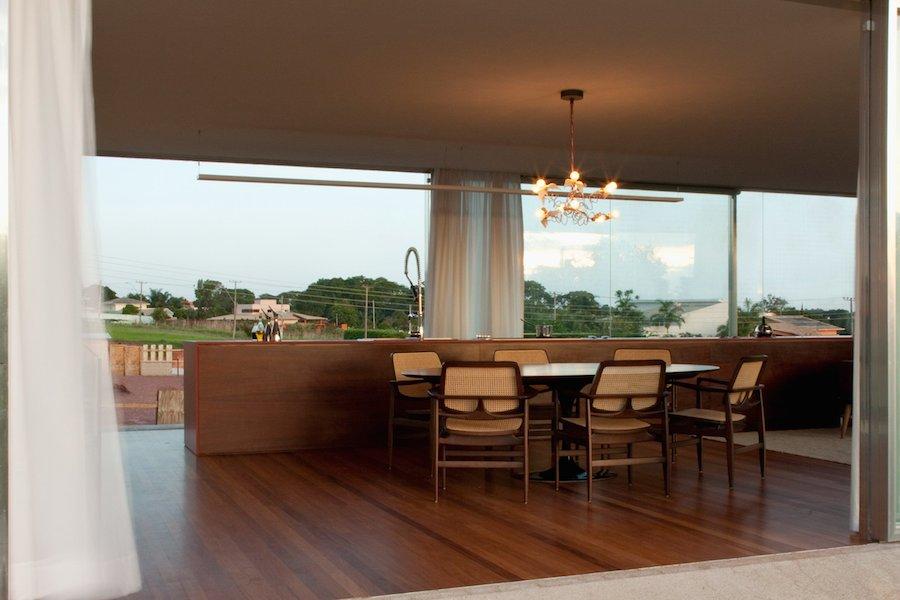 Magnificent Osler House in Brazilia