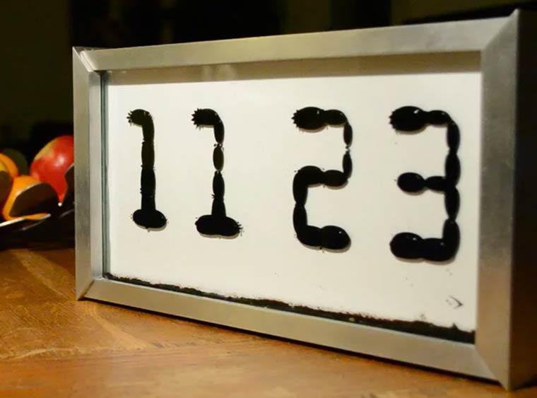 Ferrolic - An alarm clock using ferrofluid to create a mesmerizing display