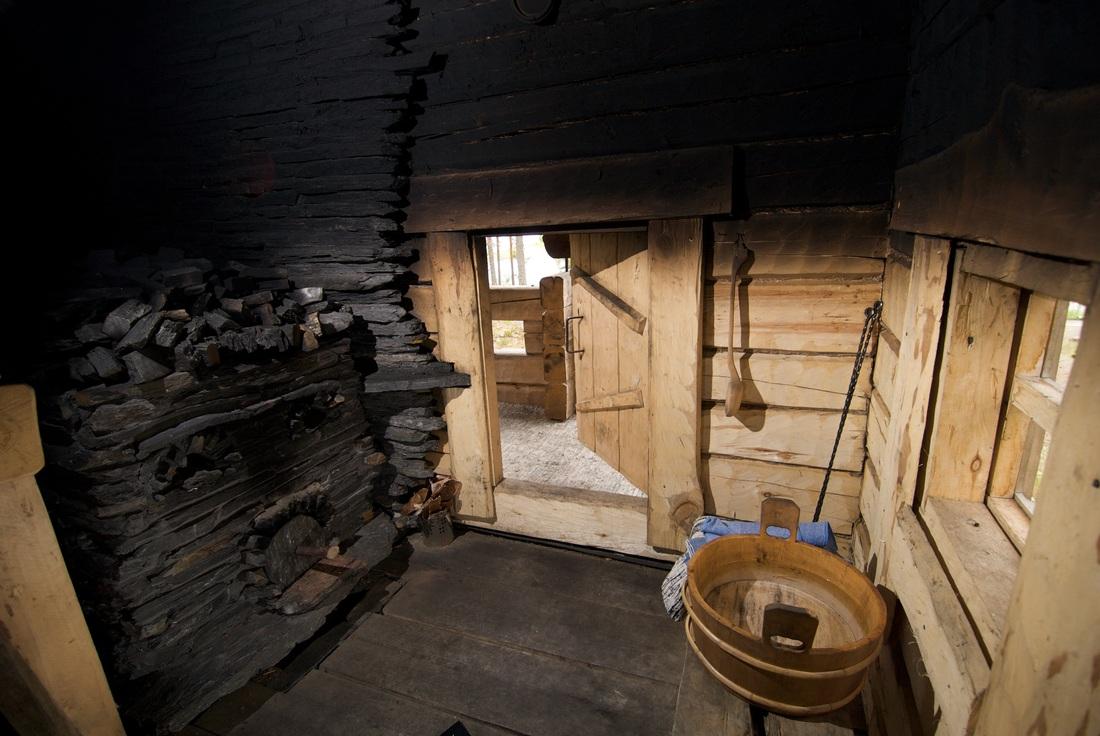 парная в финской сауне, печь, лежаки, оборудование для саун Краснодар