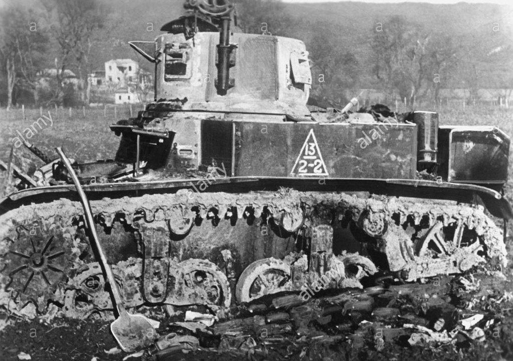 Подбитый танк М3л из состава 563-го отб. Южная Озерейка, 1943 год.