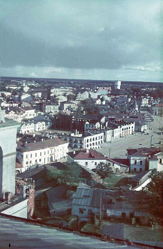1941 Центр Пскова с соборной колокольни.jpg