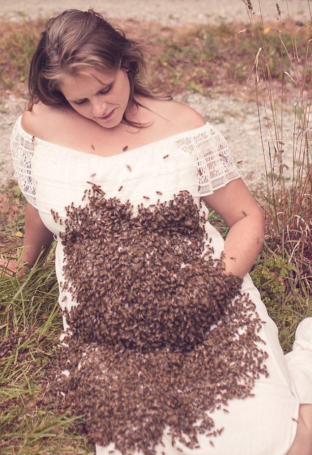 Беременная девушка устроила фотосессию с 20 тысячами пчёл