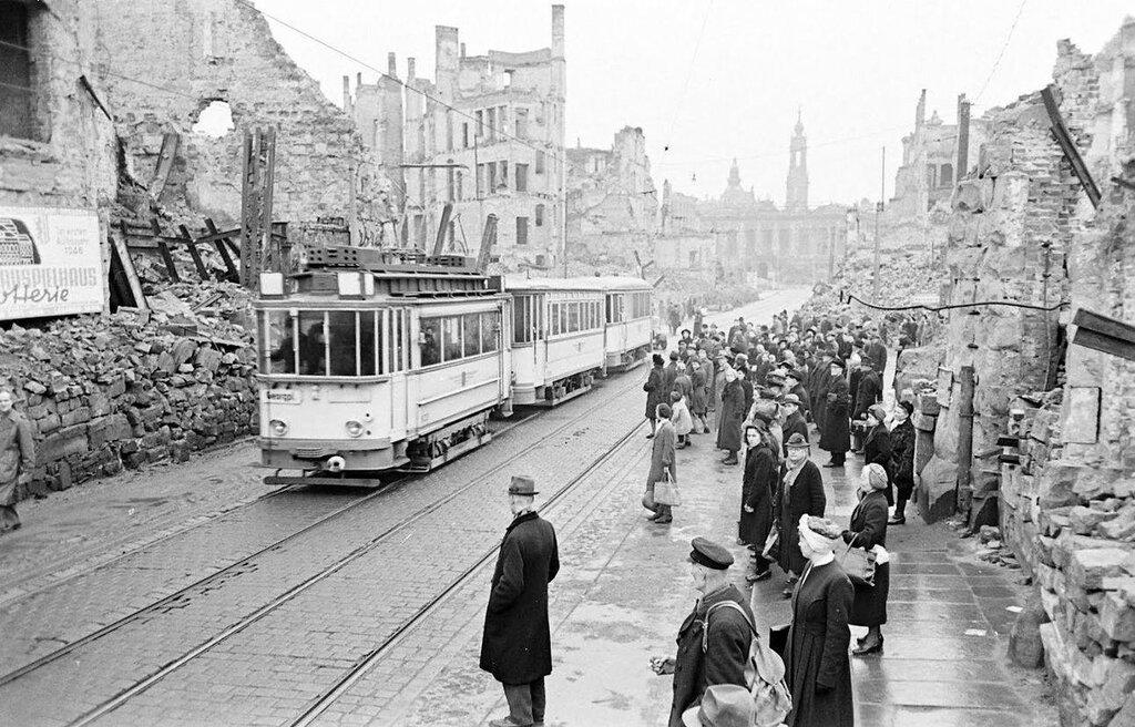 German zone under Russian occupation in 1946. Dresden - William Vandivert - LIFE