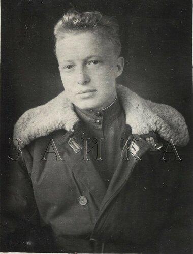 Павлов ЮЮ апрель 1944 копия.jpg