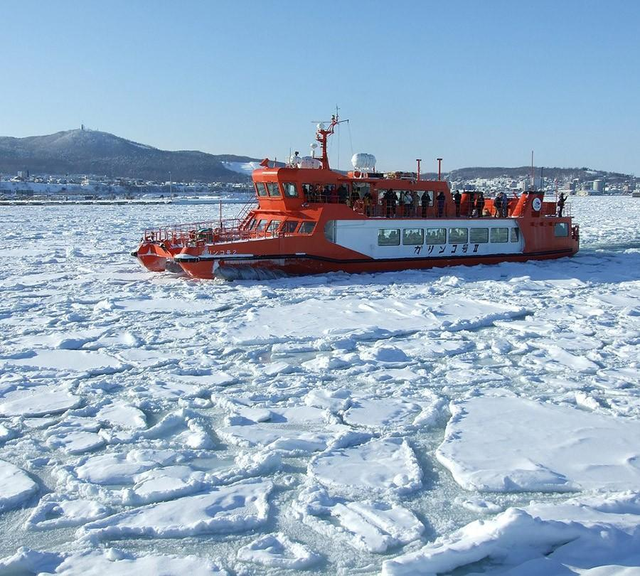 30. Круиз на ледоколе по Северному полюсу — Северный Ледовитый океан Северный полюс в центре Северно