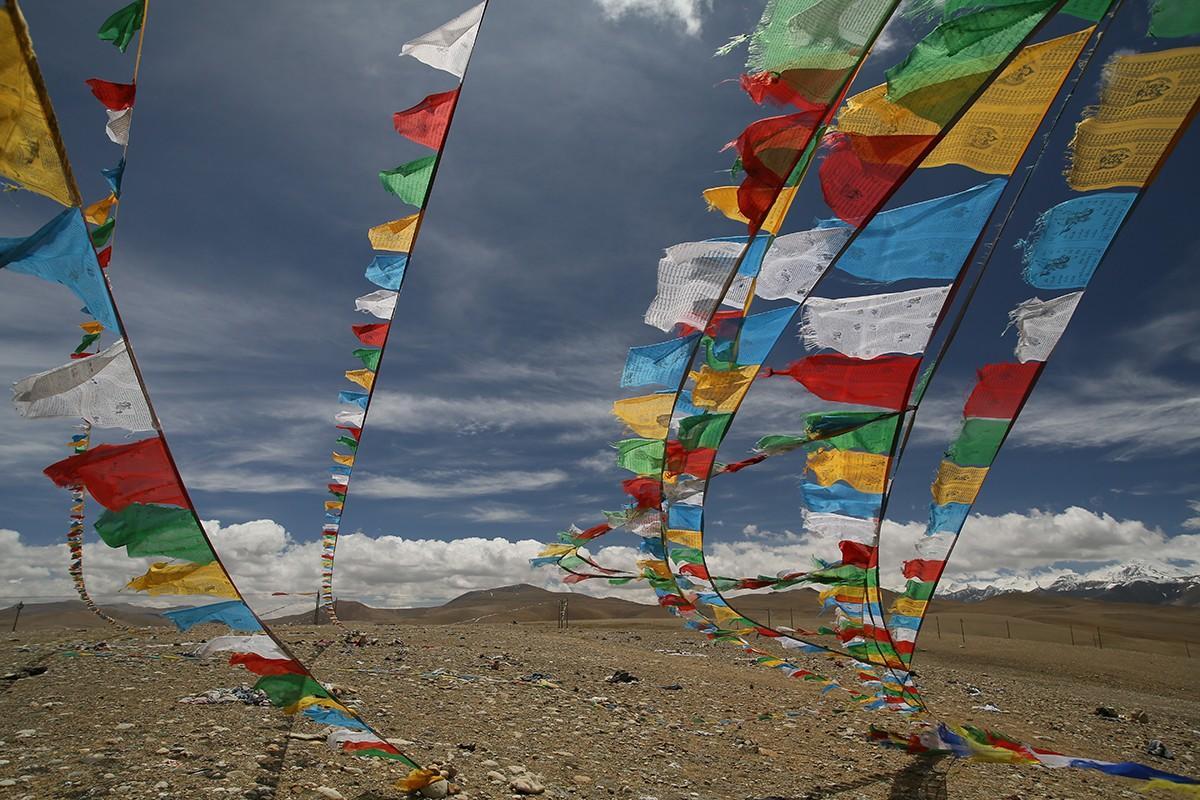 1. В Тибете всё необычно и обычно одновременно. Суровые климатические условия, высокогорье, палящее