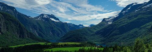 Фото отчет. Норвегия. Озеро  Eikesdalsvatnet, Водопад Mardalsfossen, Трек Romsdalseggen.