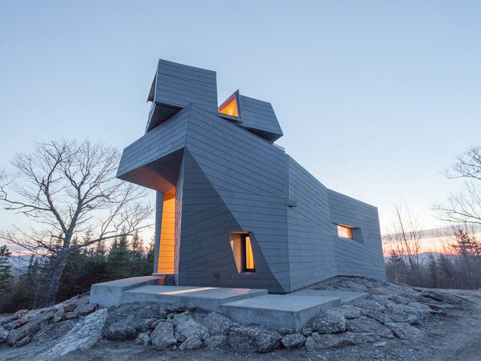 Unconventional Astronomy Tower in New Hampshire (6 pics)