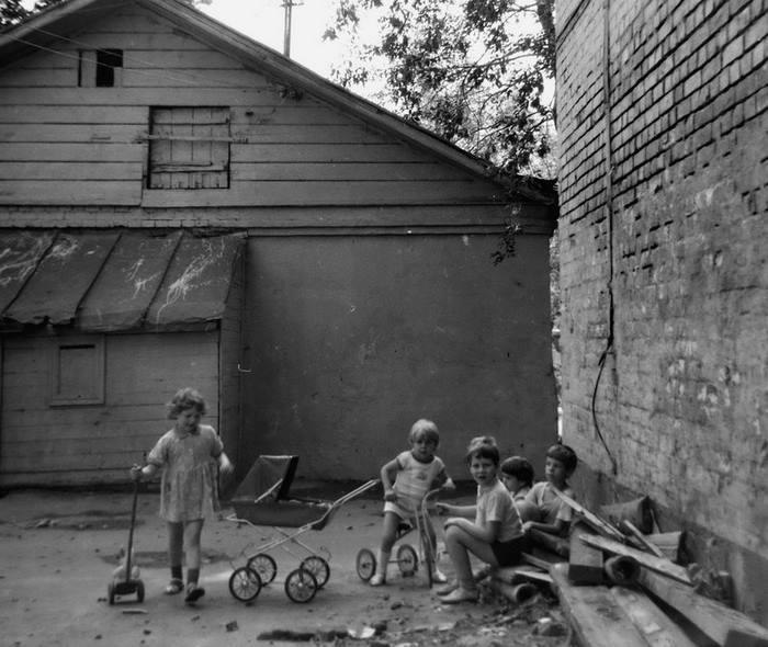 Московские дворы в 80-х в фотографиях Геннадия Михеева.3.jpg