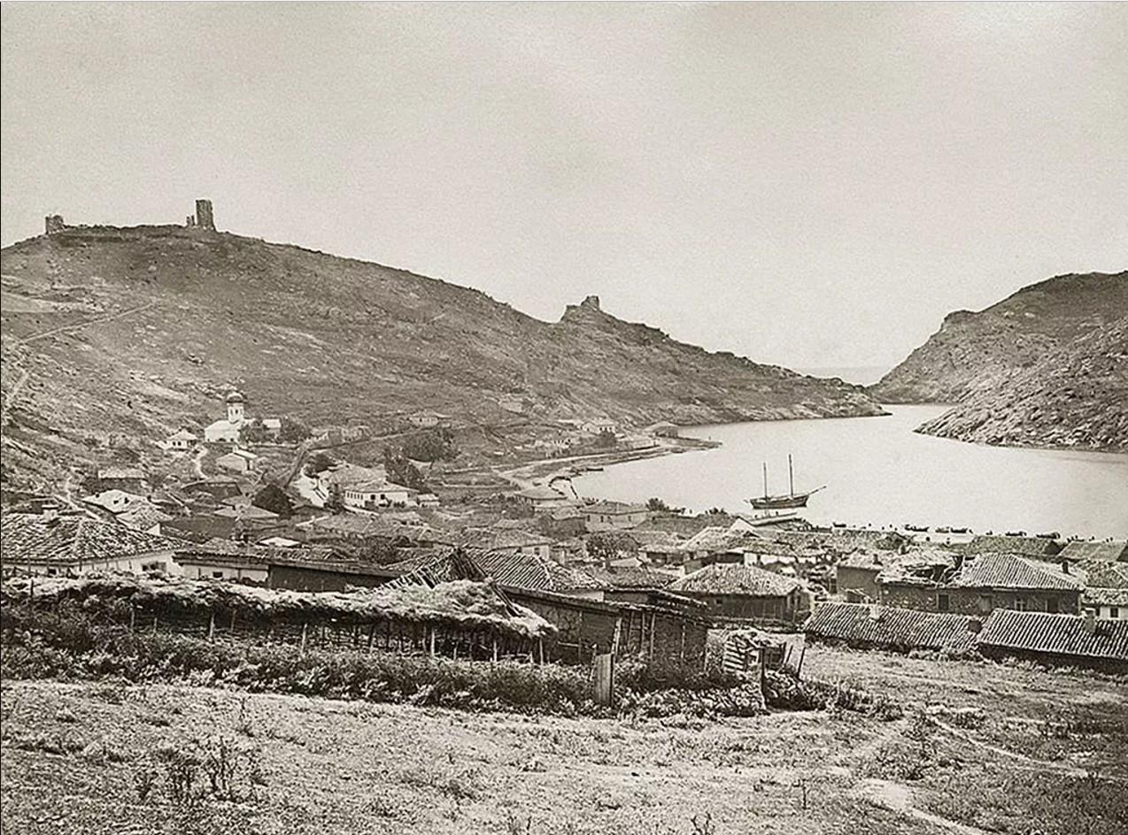 Общий вид Балаклавы. 1860-е
