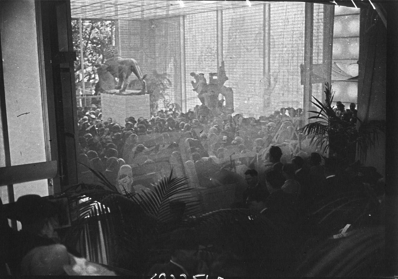 Церемония открытия павильона Великобритании (20 июня 1937)