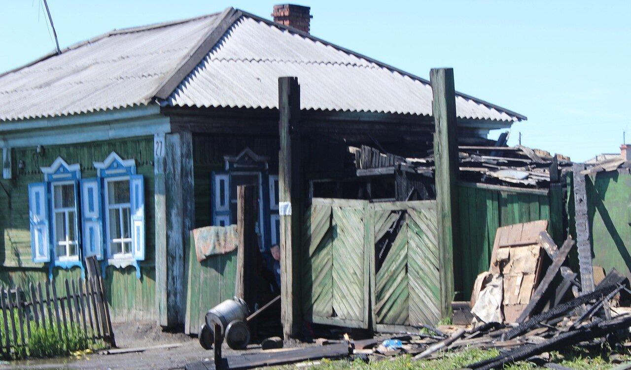 Горел дом на улице Чапаева,