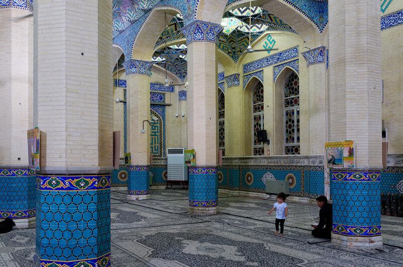 Йезд. В мечети.