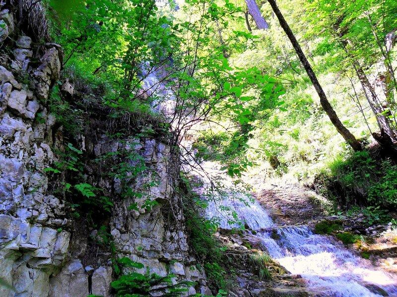 У вод Лунных водопадов, Фото туристическое