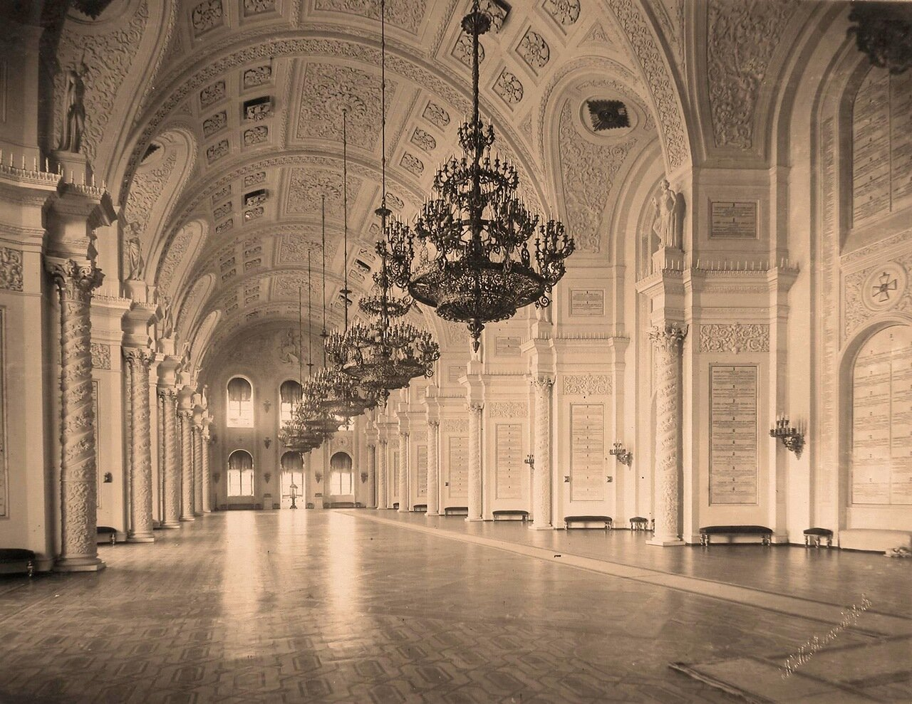 Интерьер Георгиевского зала  Большого Кремлёвского дворца