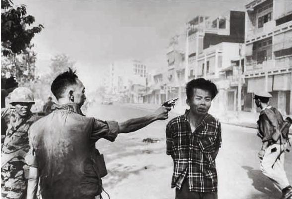 Eddie Adams – Nguyễn Ngọc Loan executing Nguyễn Văn Lém