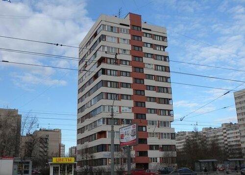 пр. Луначарского 74