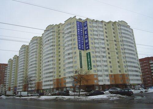 ул. Маршала Захарова 62