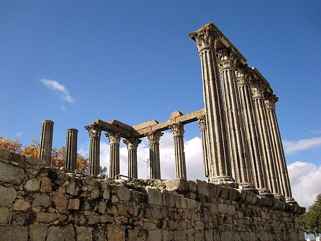 Roman_temple  Evora Portugal ruin