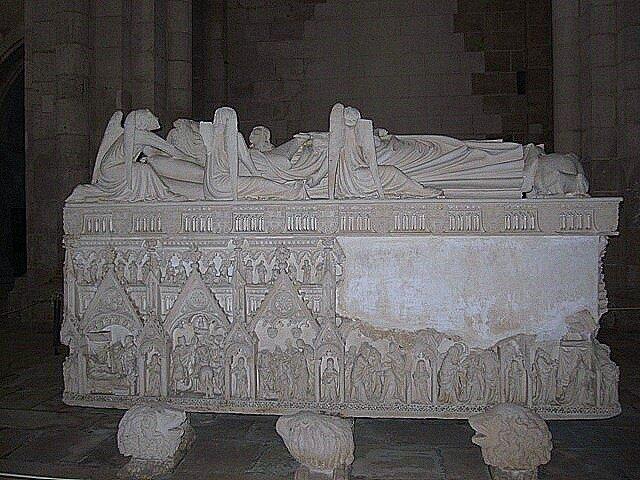 Alcobasa Monastery Royal tombs of Portugal King Pedro I  mistress Ines de Castro