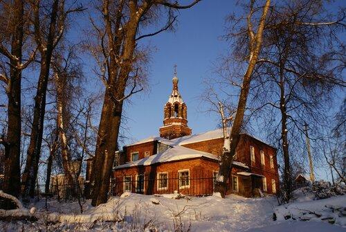 Кудыкина гора - Храм Рождества Пресвятой Богородицы и начальная школа
