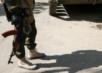 В Луганске, в результате двух нападений боевиков пострадали военные