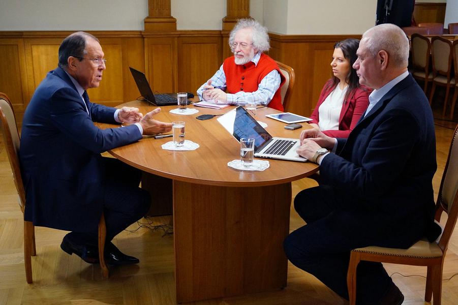 Лавров интервью 22.04.15.png