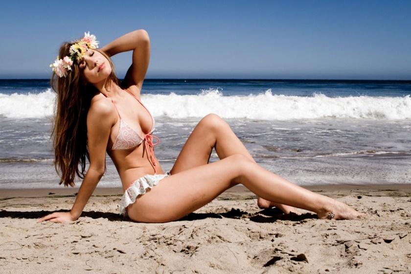 Красивые фотографии молодой модели Алексис Рен 0 142397 4e4ee00e orig