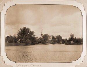 Вид Беловежского дворца со стороны пруда, устроенного в парке по проекту Валерия Кроненберга в 1895 г.
