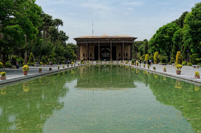 Исфахан. Дворец Чехел-Сотун.