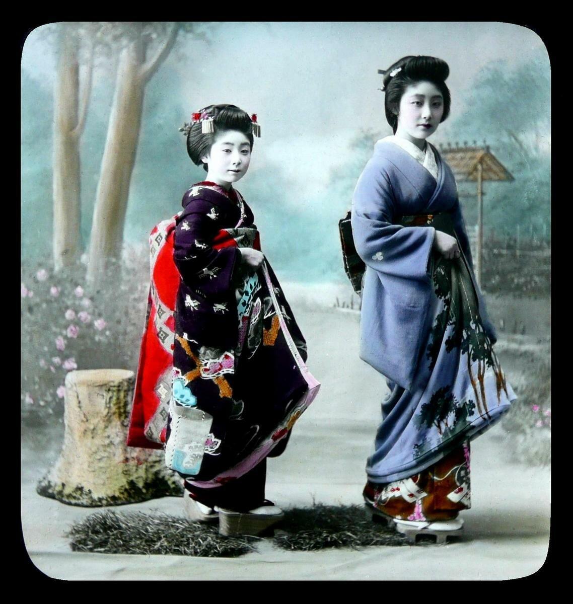 Майко и гейша