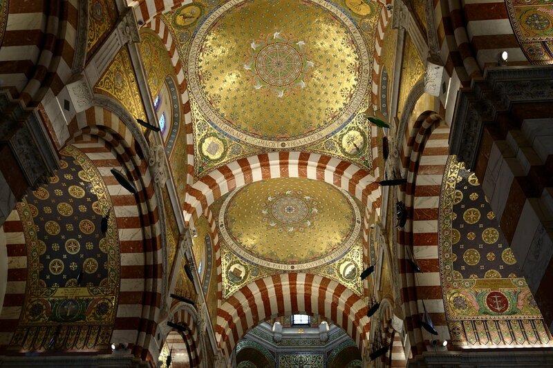Basilique Notre Dame de la Guarde, l'interieur