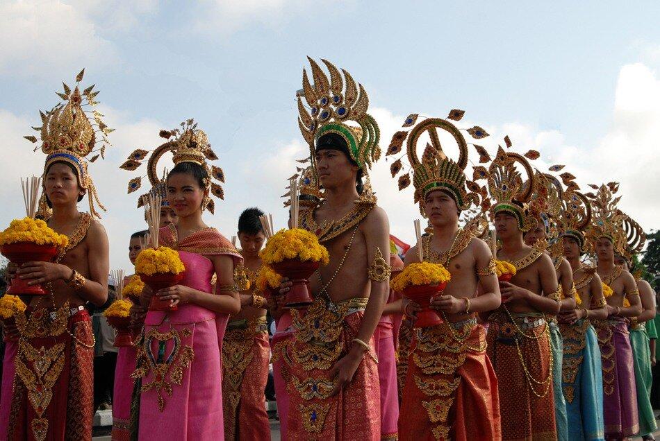 Фестиваль цветов в Тайланде! 0_6d978_75518cf7_XXL