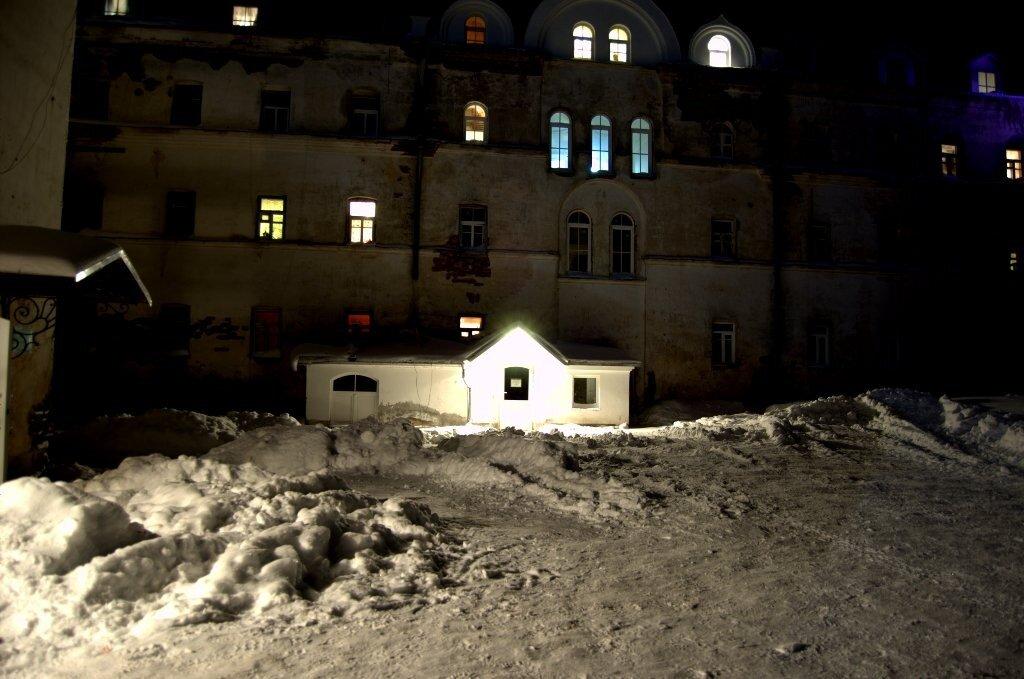 Окна Зимней Гостиницы.