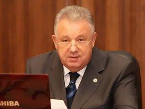 В.Ишаев обеспокоен повышением цен на продовольственные товары и нефтепродукты