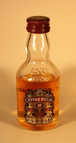 Виски Chivas Regal Aged 12 Years Blended Scotch Whisky