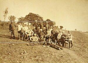 Группа офицеров и солдат 3-го эскадрона Лейб-гвардии Уланского полка.