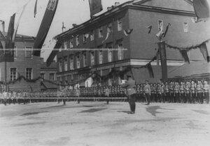 Генерал-майор А.П.Буковский читает Высочайший приказ полку в день празднования  100-летия Кульмского боя.