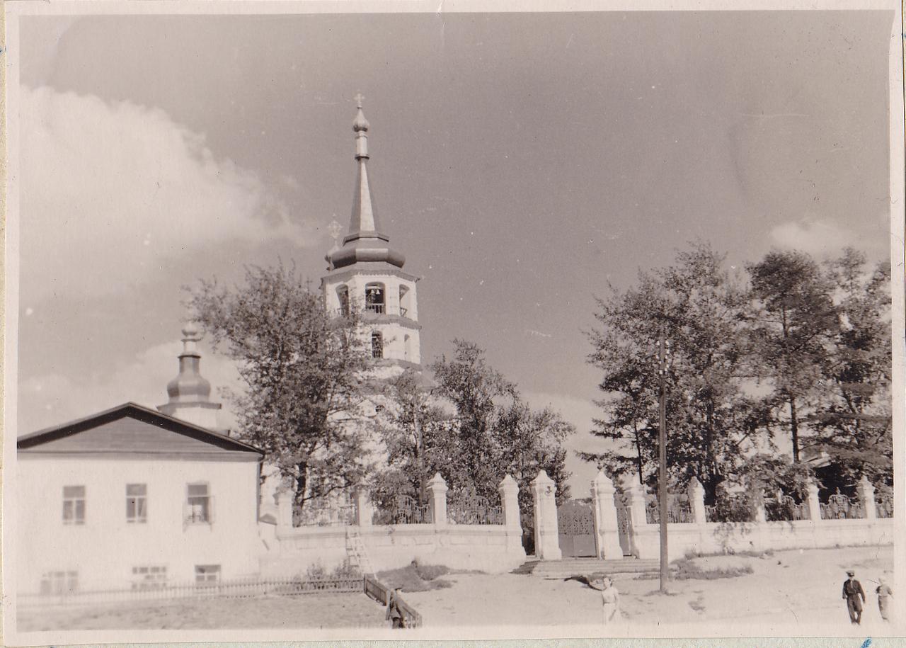 Иркутск. Крестовоздвиженская церковь